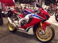 Honda CBR1000RR Fireblade на выставке