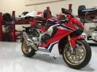 Особенности Honda CBR1000RR Fireblade