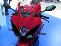 Suzuki GSX-R1000 на выставке