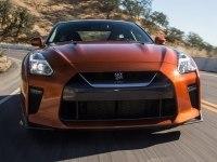 Nissan GT-R на треке