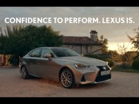 Реклама Lexus IS 300h