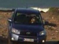 Видео обзор Toyota RAV4 от MotorsTV