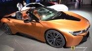 BMW i8 Roadster - экстерьер и интерьер