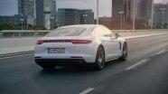 Промо видео Porsche Panamera 4 E-Hybrid