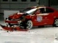 Краш-тест Mazda3