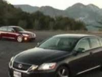 Видео обзор Hyundai Genesis 4.6 vs. 2008 Lexus GS 350