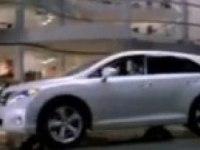 Видеоролик Toyota Venza