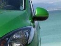 Видеообзор Mazda2 от AUTOweek