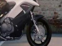 Реклама Honda VFR800X Crossrunner