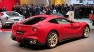 Ferrari F12berlinetta на автосалоне в Женеве