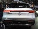 Париж 2018: Mercedes-Benz представил конкурента Audi e-tron и Jaguar i-Pace - фото 2