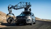 Ford Edge подготовили к съемкам автомобильных погонь - фото 18