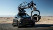 Ford Edge подготовили к съемкам автомобильных погонь - фото 29