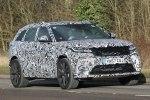 Спортивную версию Range Rover Velar заметили на Нюрбургринге - фото 13