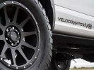Экстремальному пикапу Ford F-150 Raptor вернули двигатель V8 - фото 12