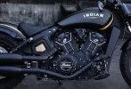 Мотоцикл Jack Daniels Indian Scout Bobber, покрытый настоящим золотом, ушёл с молотка - фото 1