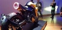 Электроцикл Energica E-Bolide - фото 3