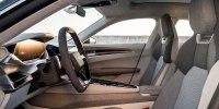 Audi привезла в Лос-Анджелес 590-сильного соперника Tesla Model S - фото 8