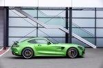 Лунный синдром: купе и родстер Mercedes-AMG GT опять обновили - фото 22