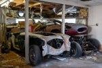 Редчайшие ретро-авто обнаружили среди груды хлама в старом гараже - фото 7