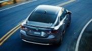 Honda выводит на домашний рынок новую гибридную «четырехдверку» - фото 1