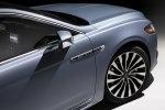 Lincoln представила юбилейную версию седана Continental с «суицидальными» дверями - фото 17