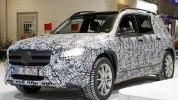 Mercedes представит новый GLB-класс летом 2019 года - фото 1