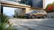 Cadillac пополнил модельную линейку кроссовером XT6 с тремя рядами сидений - фото 17