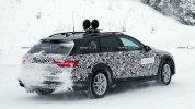 Вседорожная версия обновленной Audi A4 впервые замечена на тестах - фото 4