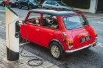 Электрификация классических автомобилей добралась до MINI - фото 2
