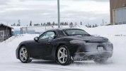 Фото нового Porsche 718 Boxster в камуфляже - фото 2