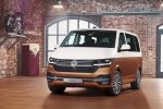 Volkswagen представила рестайлиновый минивэн Multivan - фото 4