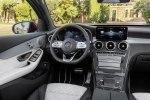 Обновленные Mercedes GLC и GLC Coupe получили совершенно новую линейку двигателей - фото 6