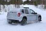 Renault вывел на тесты полностью электрический Duster - фото 4