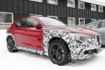 В Сеть «слили» фото трех экземпляров кроссовера Alfa Romeo Stelvio - фото 1