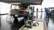 Jeep представила несколько исполнений своего нового пикапа Gladiator - фото 45