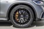Mercedes-Benz обновила семейство «заряженных» кроссоверов GLC 63 4Matic+ - фото 11