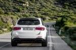 Mercedes-Benz обновила семейство «заряженных» кроссоверов GLC 63 4Matic+ - фото 23