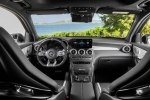Mercedes-Benz обновила семейство «заряженных» кроссоверов GLC 63 4Matic+ - фото 29