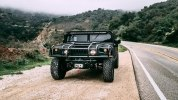 Американцы построили «трижды черный» 510-сильный Hummer H1 - фото 13