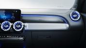 Mercedes представил абсолютно новую модель 7-местного внедорожника GLB - фото 33