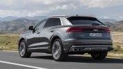 Audi представила заряженную версию купе-кроссовера Q8 - фото 8