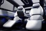 Уникальный автомобиль с девятью дверями представили в Китае - фото 1