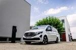 Первый в мире электрический минивэн Mercedes-Benz EQV покажут во Франкфурте - фото 5
