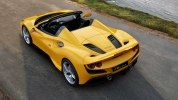 Родстер Ferrari F8 Spider представлен официально - фото 1