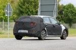 Hyundai вывел на тесты обновленный i30 - фото 1
