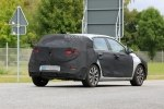 Hyundai вывел на тесты обновленный i30 - фото 11
