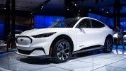 Как компания Ford планирует продавать новый Mach-E - фото 3