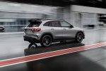 Представлен новый Mercedes-AMG GLA 45 с «рекордным» турбомотором - фото 4