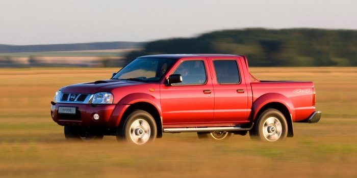 Nissan NP300 Double Cab 2004